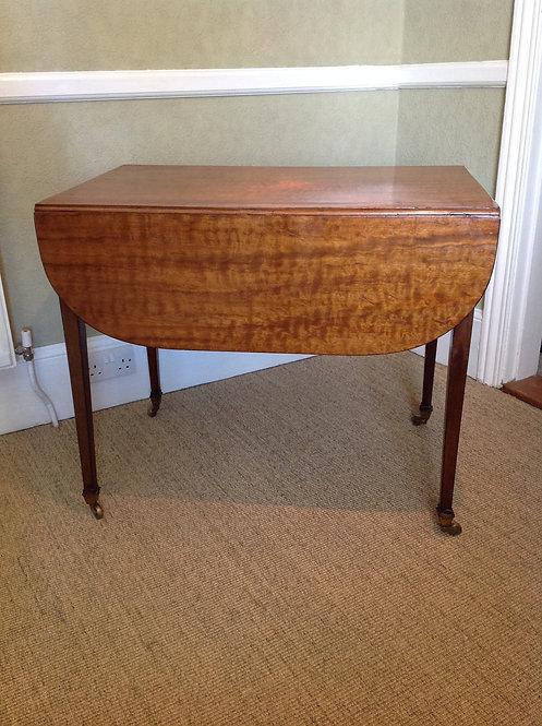 Antique Victorian (1850) Mahogany Pembroke Table