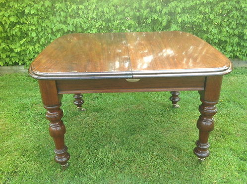 Victorian (c1840) Mahogany 10 People Dining Table