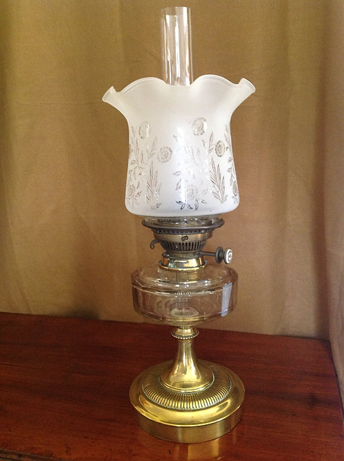 Hinks's Victorian (c1890) Oil Lamp