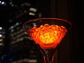 """""""Pimpez"""" vos cocktails et apéritifs en 5 mn : les billes d'agar agar au fond du verre"""