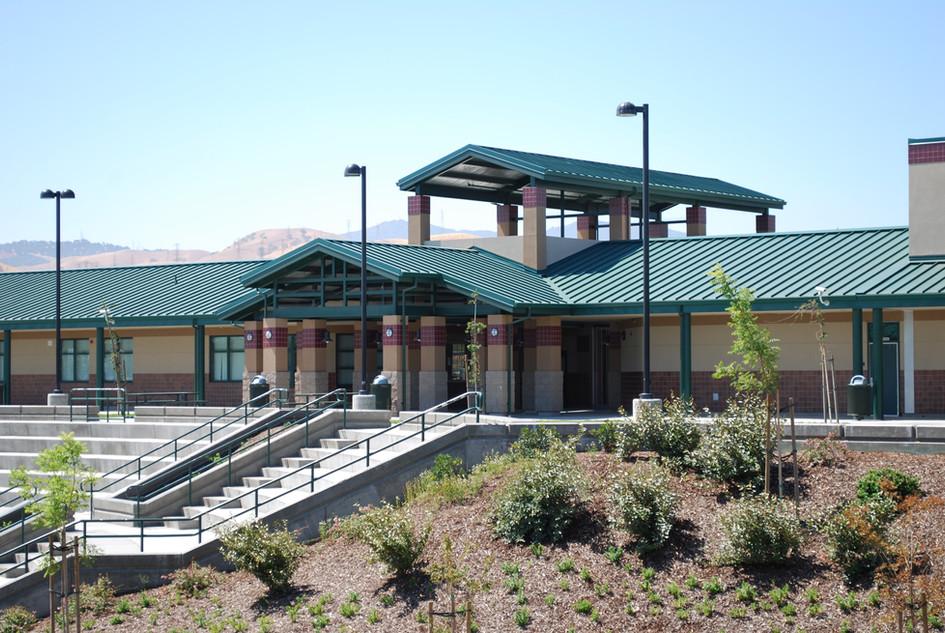 Rolling Hills Elementary School Courtyard