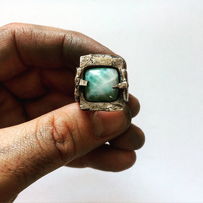 Rustic Frame Ring