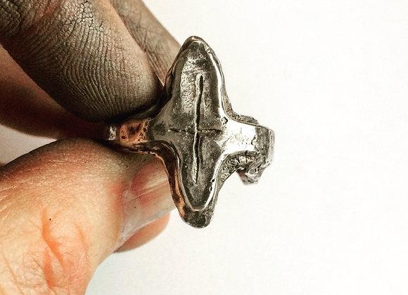 Large Cross Ring
