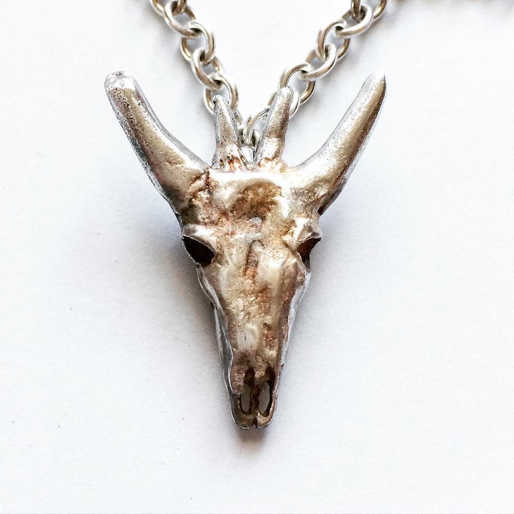 Bull Skull Necklace (Corrupted Bull Skull Necklace) LUGDUN ARTISANS