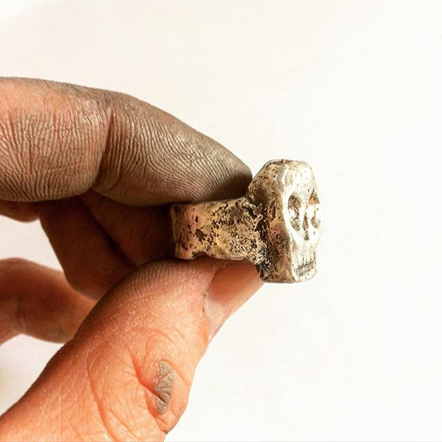 Mens Biker Skull ring. Heavy silver skull ring by LUGDUN ARTISANS. Made in the USA. www.LUGDUN.com