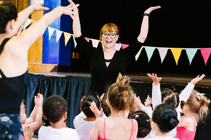 Miss Amy teaching a fun dance class at Theative in Streatham