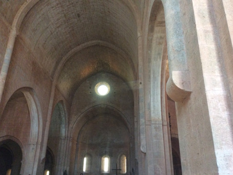 Abbaye du Thoronet incontournable de l'architecture cistercienne