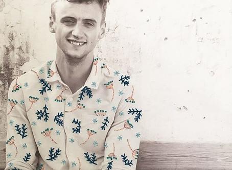 Een fleurig hemd