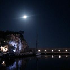 Full Moon light