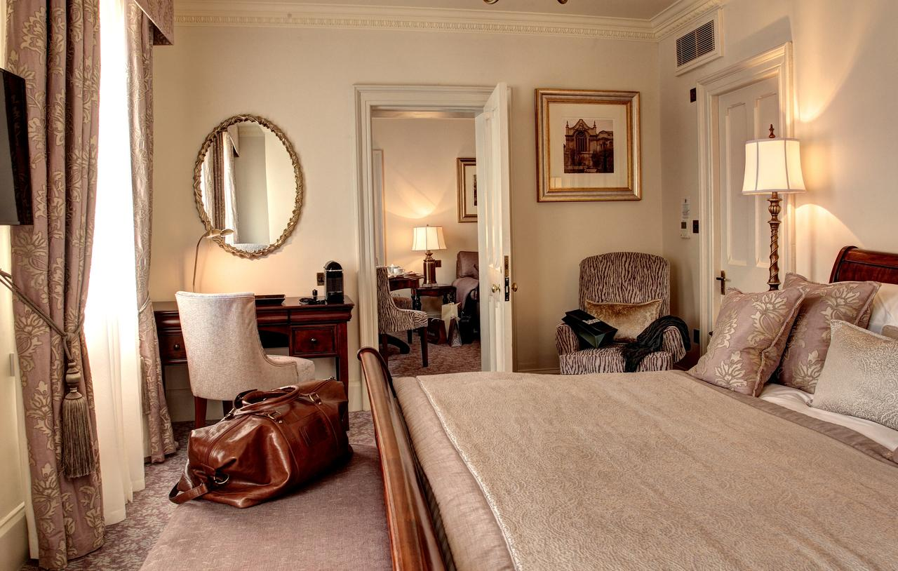 Randolph Hotel Rooms