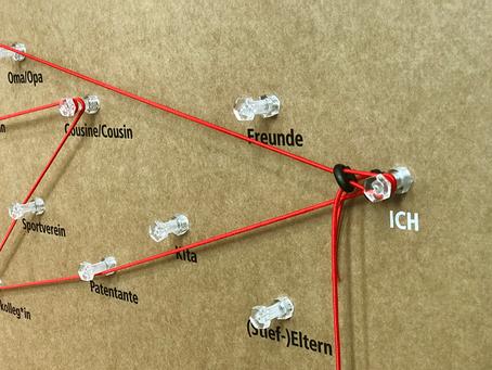 Wanderausstellung Familienbande in Siegen