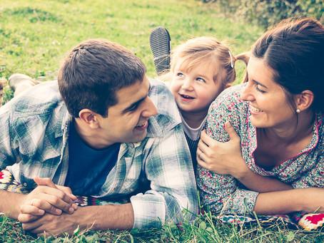 Familienleben in Deutschland: Familienreport 2020 und Corona-Eltern-Befragung