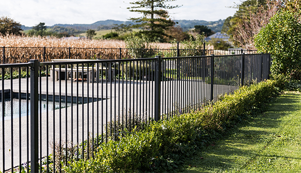 Aluminium Pool Fencing2