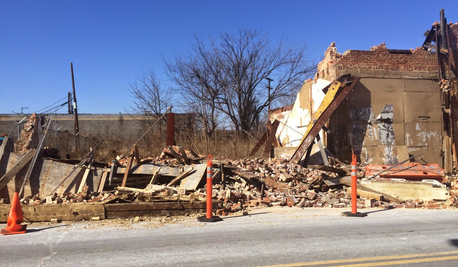 1909-1913 Martin Luther King, Jr. Ave. SE: Collapsed façade, 2015