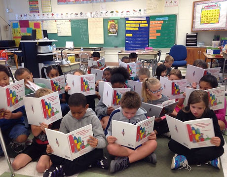 elementary kids read.JPG