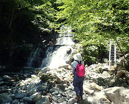 精進ヶ滝2.jpg