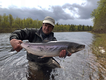 Spring salmon fishing in Russia!