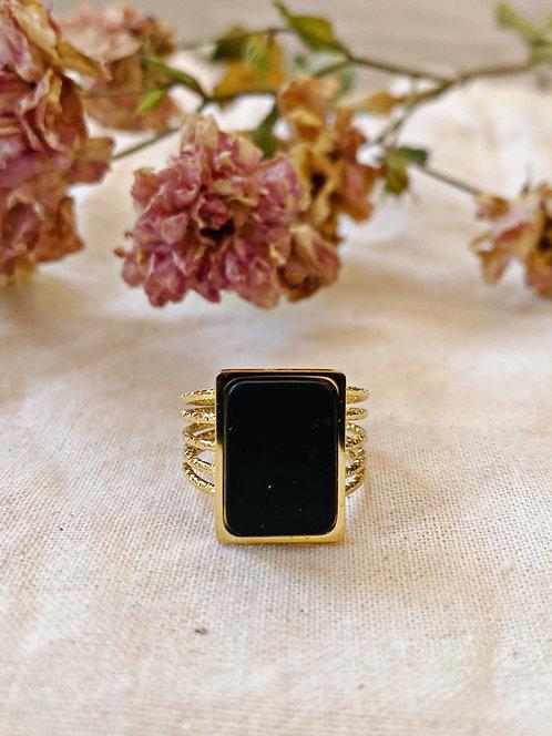 Bague rectangle onyx noire et dorée