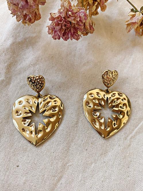Boucles d'oreilles coeur dorées