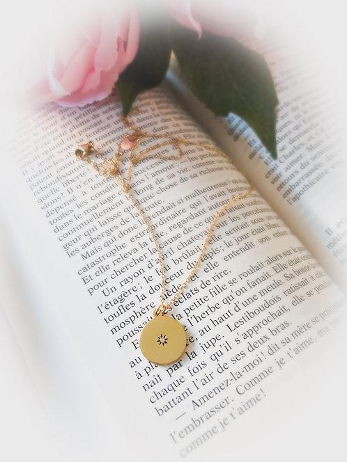 Collier doré à médaille ornée d'une étoile en strass - DOMI