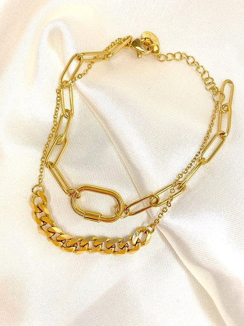Bracelet doré avec cadenas
