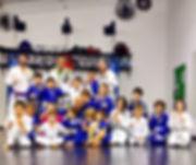 Formação para foto Jiu JItsu Kids