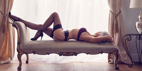 fine-art-boudoir-photographer-Kate-hopew
