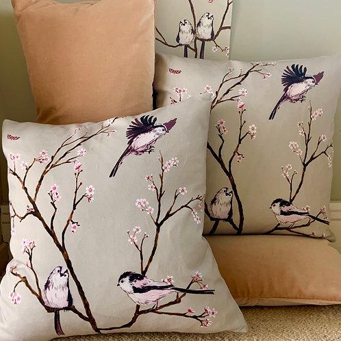 Blossom cushion - beige