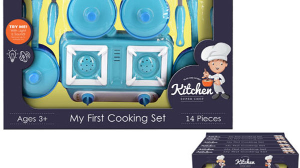 My first cooking set with light and sound