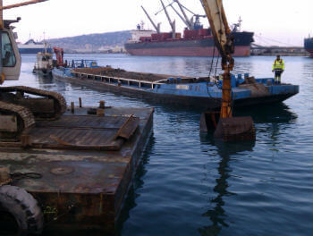 location barge maritime