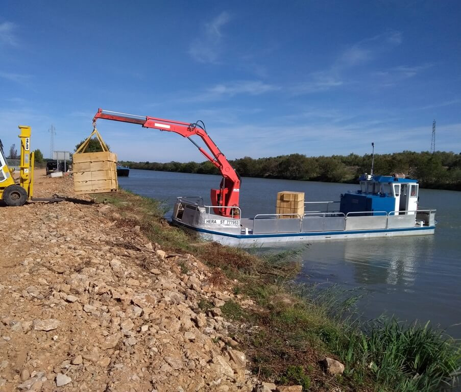 location barges grue