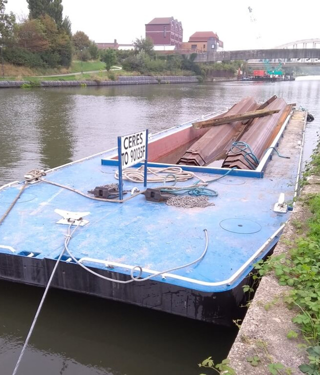 location barges