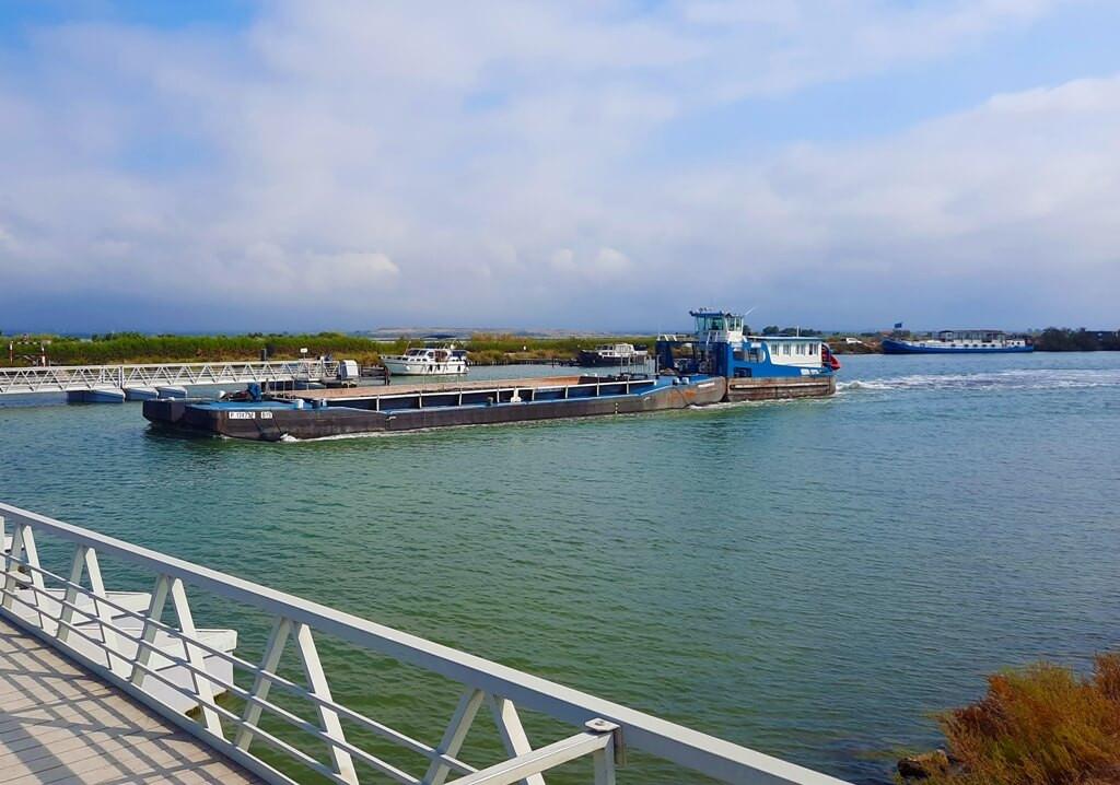 location remorqueur fluvial