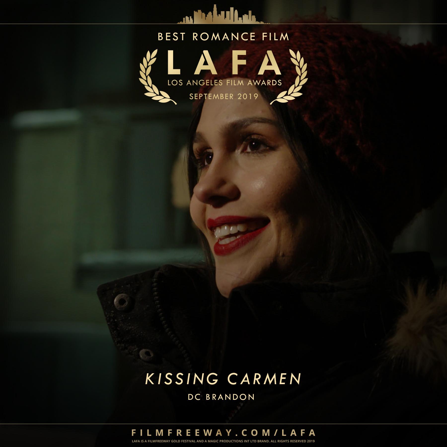 KISSING CARMEN design