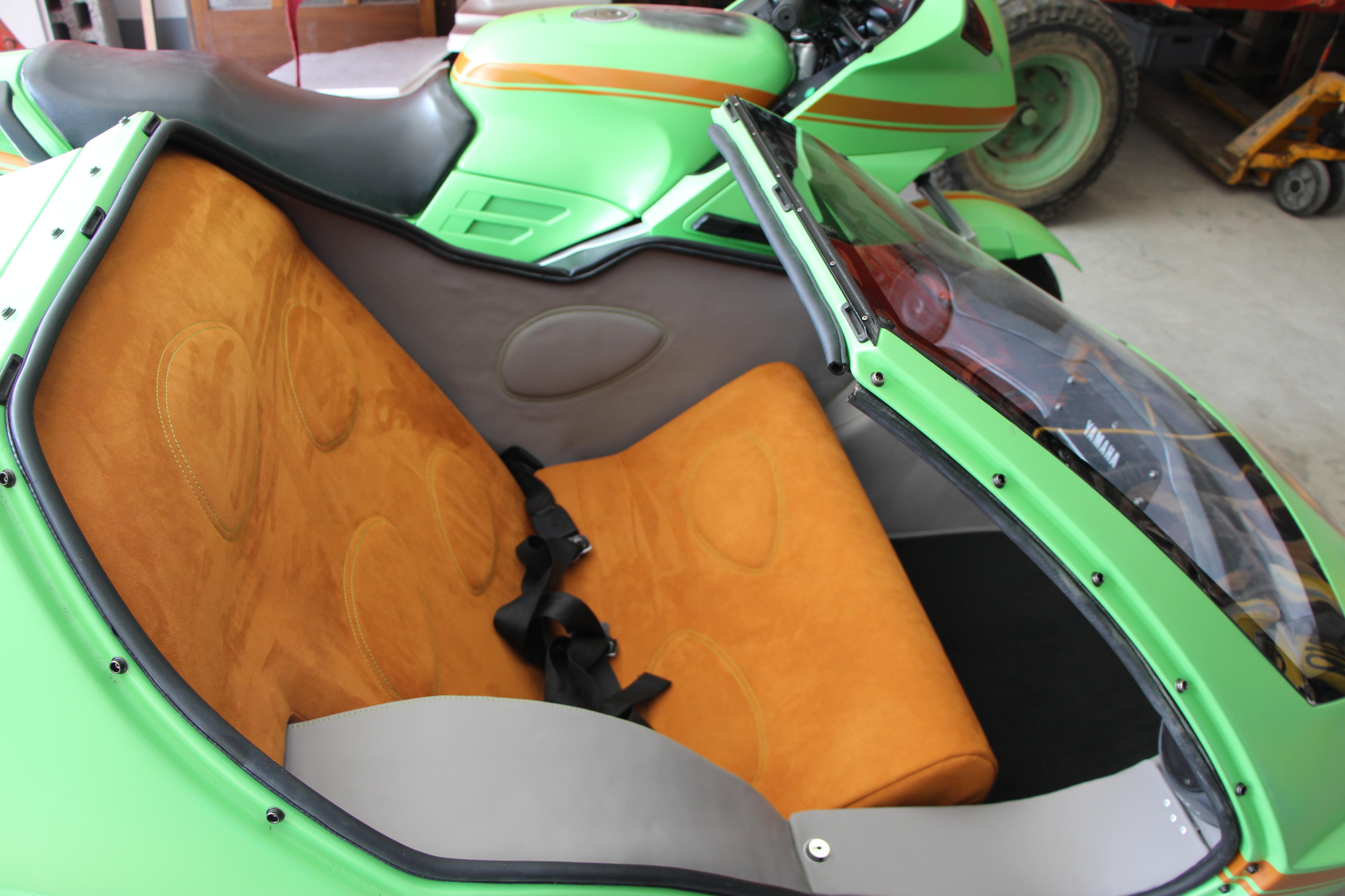 Motorrad-Seitenwagen
