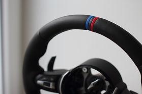 BMW-M_Lenkrad klein (800x533).jpg