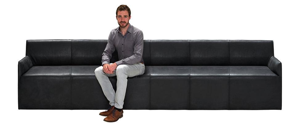 6-Sofa mit Mann_17.jpg