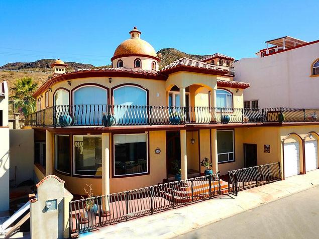 Luxury Residence in Puerta Del Mar 2