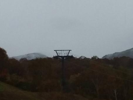 10月17日かぐら初冠雪
