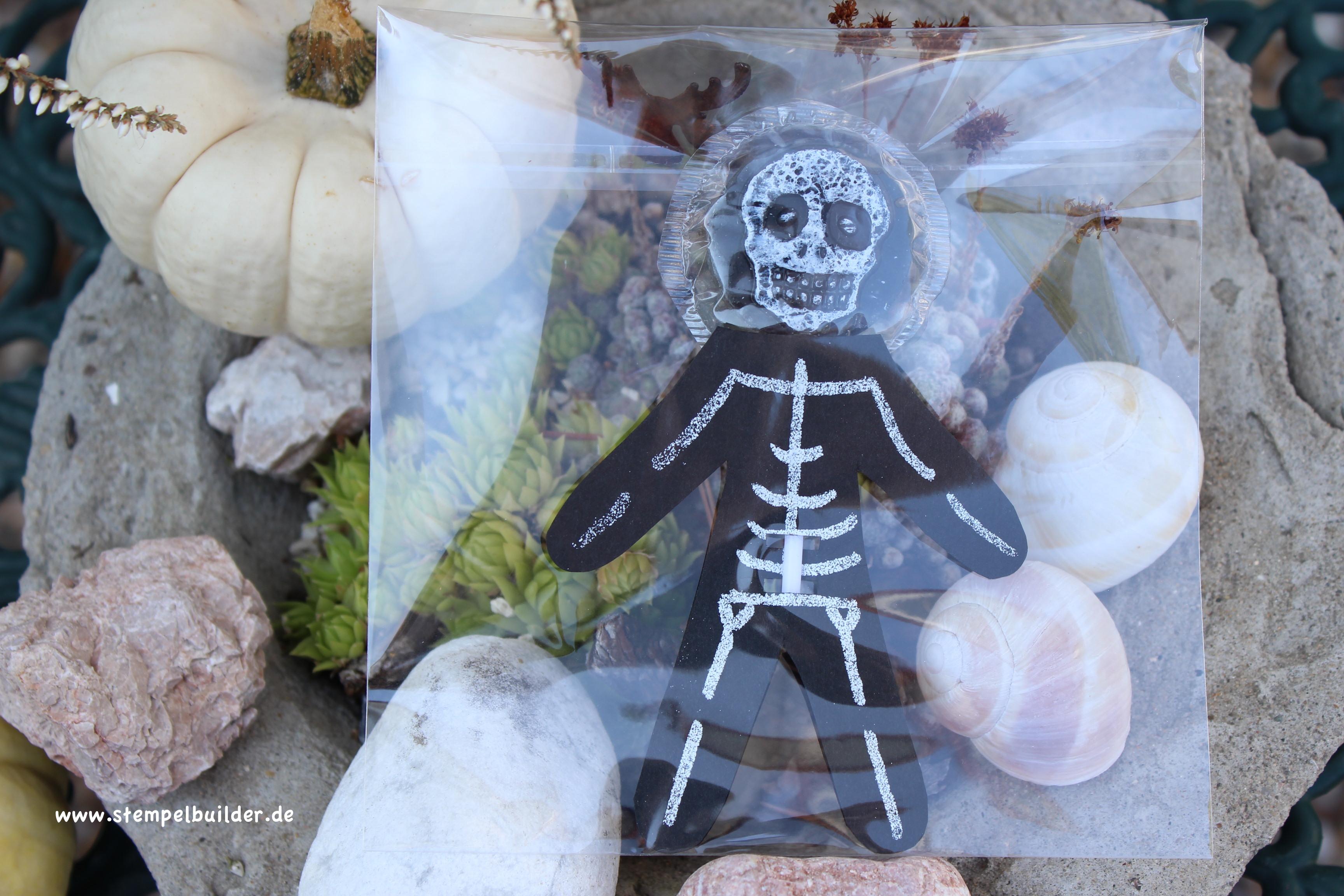 Halloween_Skelett2