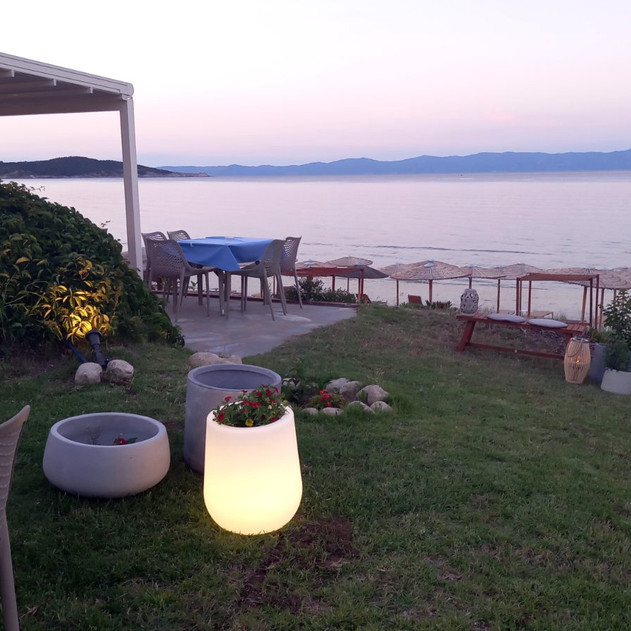 Sarti Paradise Restaurant view.jpg