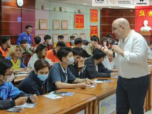 VDAS SCHOOL TOUR CAMPAIGN - A BRIDGE BETWEEN EDUCATION & BUSINESS