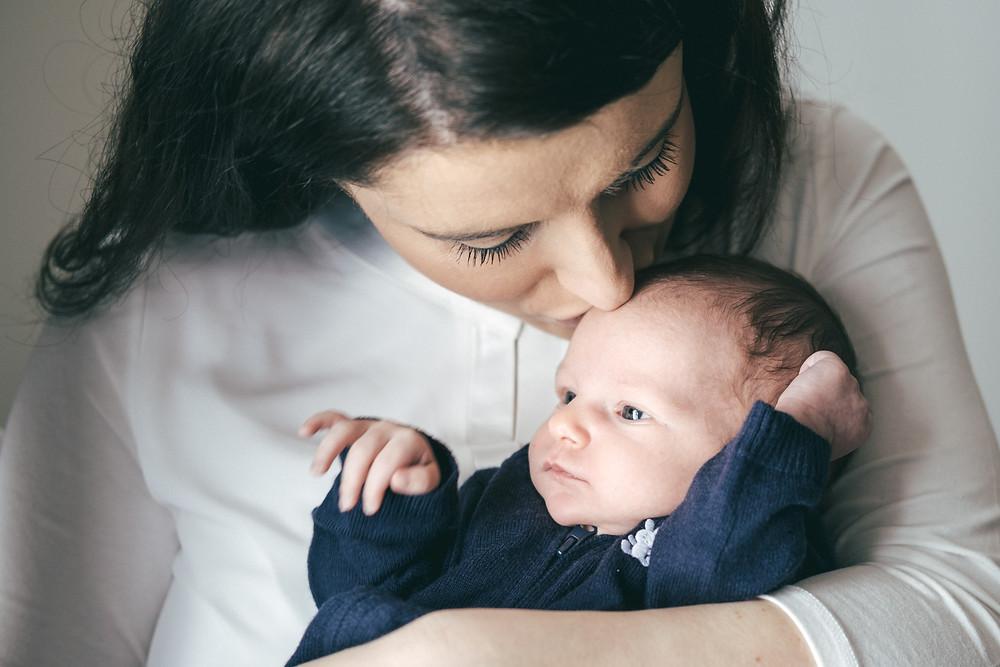 Babyfotograf Wien, authentische Babyfotos, Newbornshooting, Fotograf Tulln