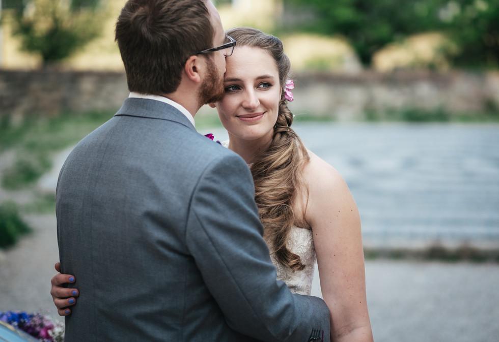 Hochzeitsfotograf Klosterneuburg, authentische Hochzeitsfotos Niederösterreich, Brautpaar