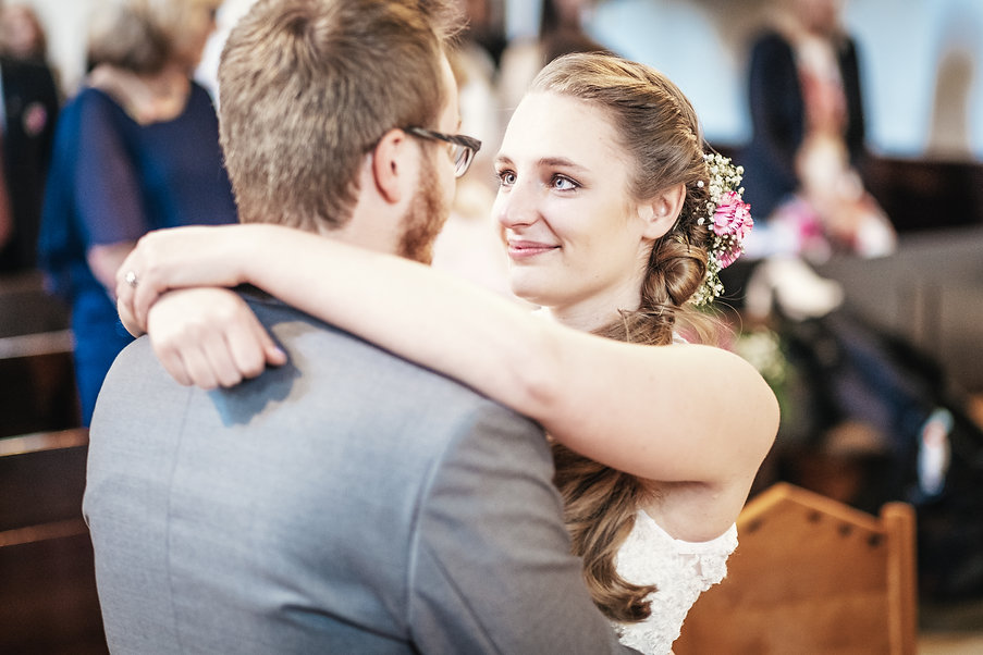 Hochzeitsfotograf Klosterneuburg, Hochzeitsreportage Stockerau, Fotograf Tulln, Krems, St. Pölten, authentische Hochzeitsfotos Niederösterreich
