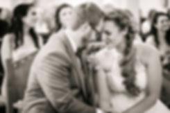 Hochzeitsfotograf Wien & Niederösterreich, einzigartige Hochzeitsfotos in Wien, Hollabrunn, Krems, Stockerau, Klosterneuburg, Fotograf Tulln