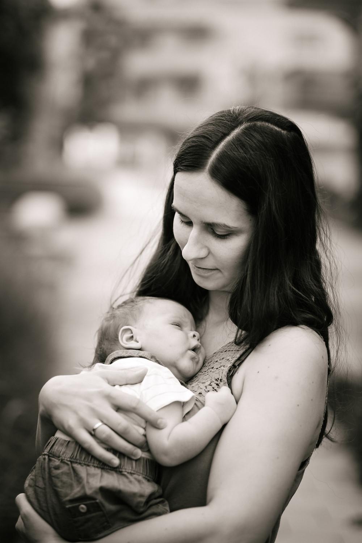 Fotograf Tulln, Klosterneuburg Babyfotograf, Newborn Fotoshooting, Fuji 56 1.2