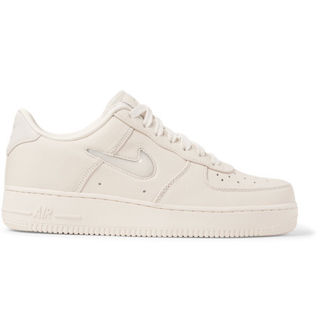 Pumped Up Kicks: Sneaker Edit