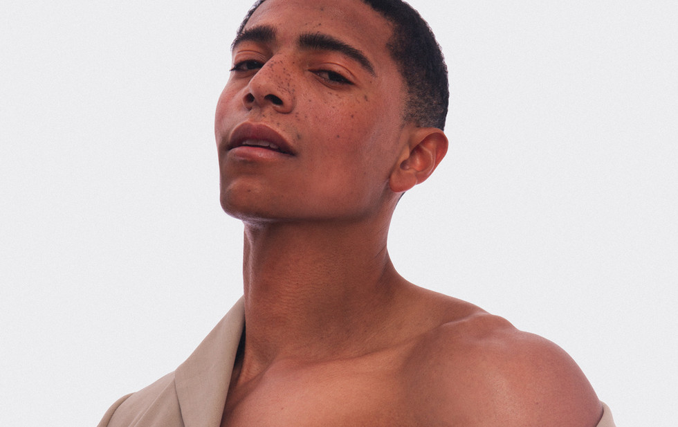 Minimo Online Exclusive: Adonis Robinson by Andrew Madrid