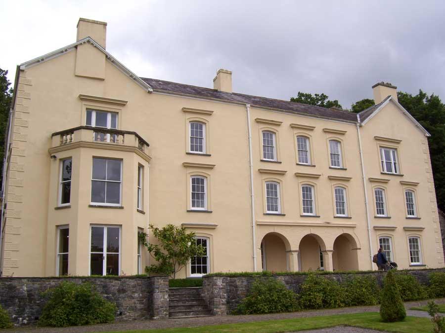 Aberglasney-Gardens-Mansion-2